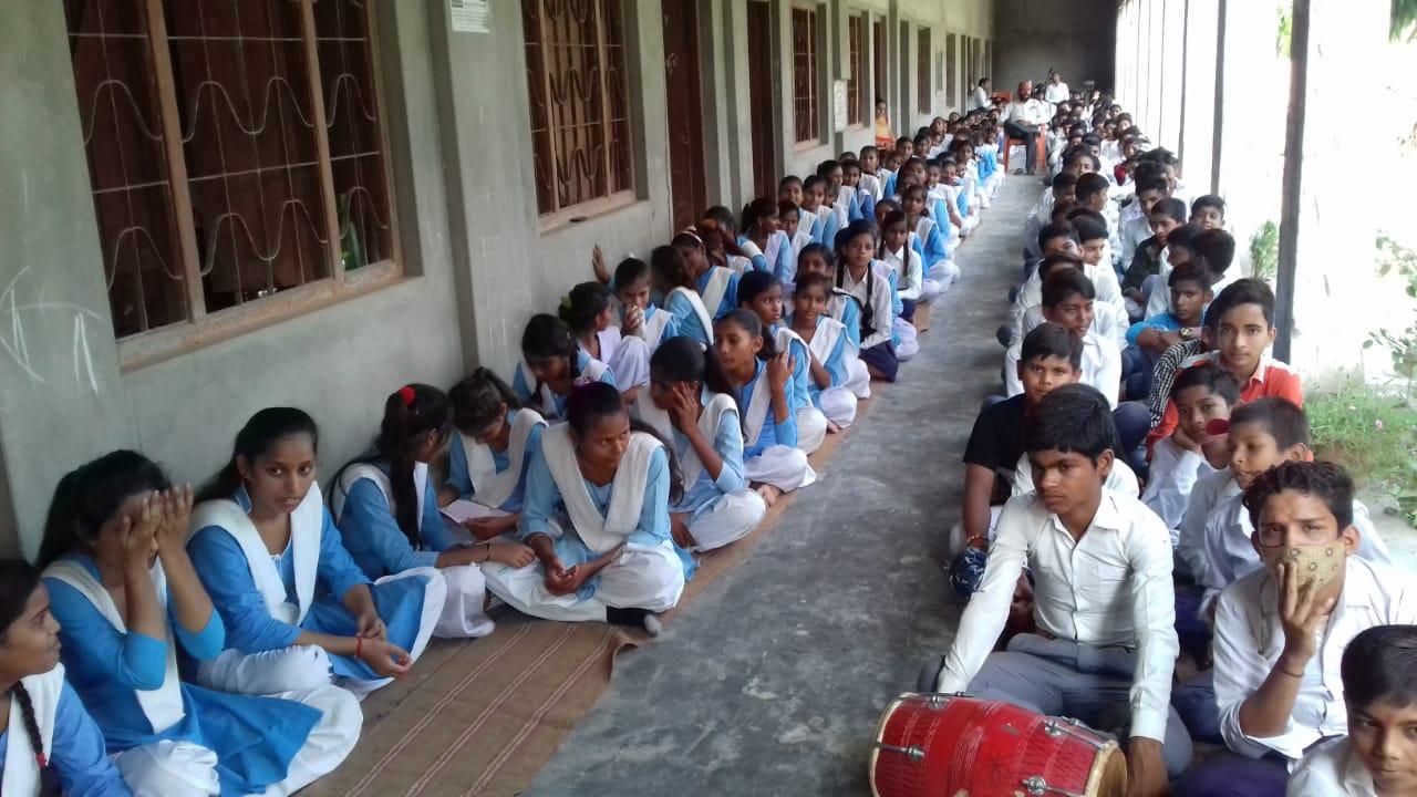 बस्ती : सरस्वती विद्या मंदिर सिकंदरपुर में मनाया गया विजयादशमी उत्सव