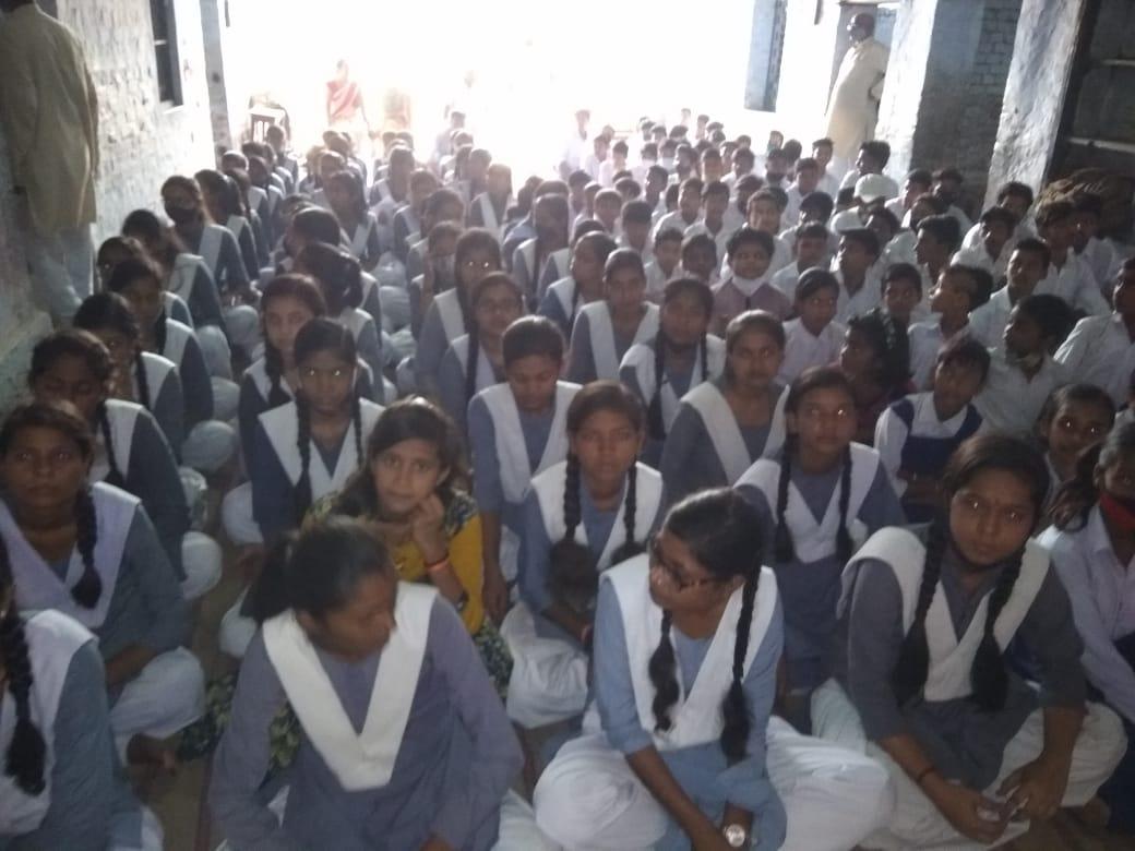 गोरखपुर : सरस्वती शिशु मंदिर तुर्कमानपुर में हर्षोल्लास पूर्वक मनाया गया विजयादशमी का उत्सव